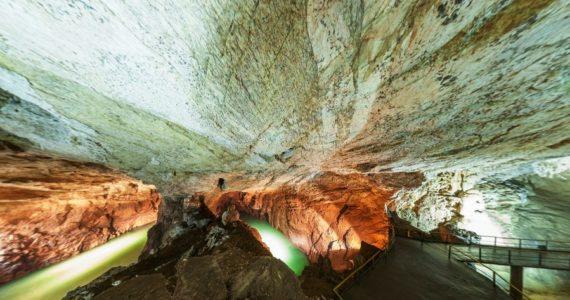 Виртуальная 3D панорама. Зал «Апсны». Новоафонская пещера