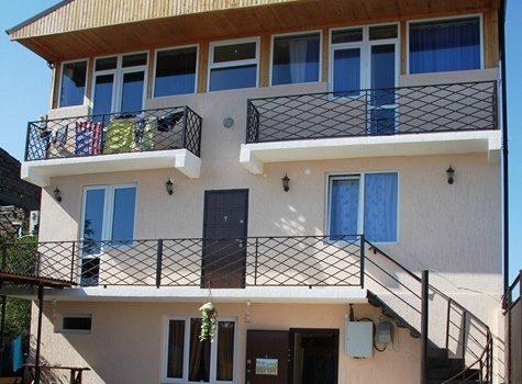 Мини-Отель «У МОРЯ» Сухум ул. Морская № 58