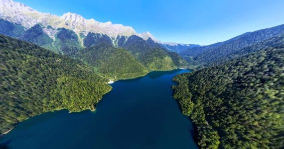 Виртуальная 3D панорама - озеро Рица с высоты птичьего полета