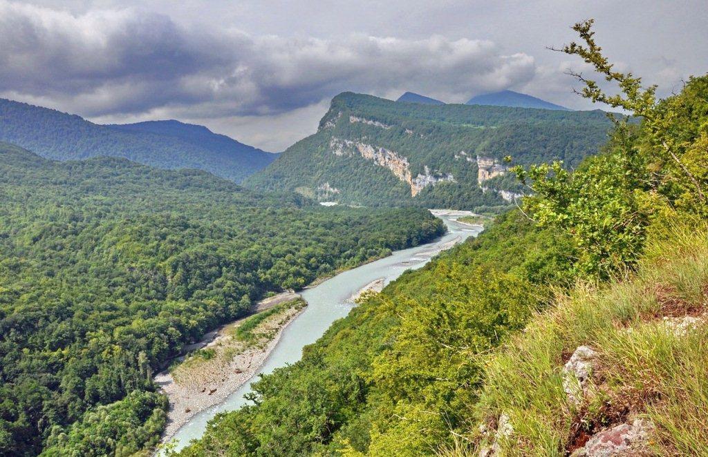 Землетрясение в Абхазии зафиксировано сегодня в горах