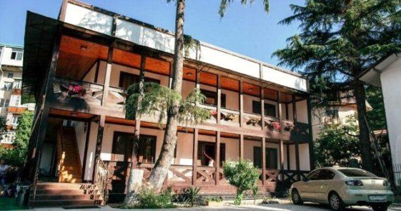 Гостевой дом «ПИЦУНДА» в Пицунде на ул. Агрба №2 б